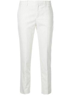 укороченные брюки в полоску Estnation