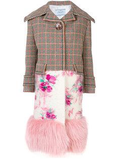 однобортное пальто с меховой оторочкой Prada