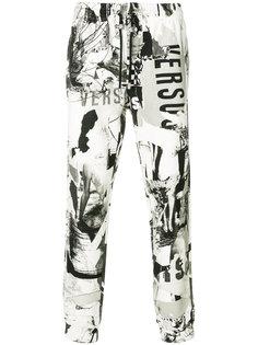 брюки с графическим принтом Versus