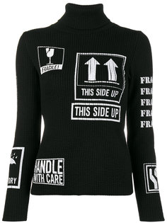 свитер-водолазка в рубчик с графическим принтом  Moschino