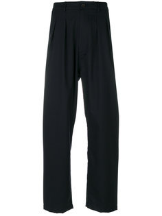 широкие брюки со складками Universal Works