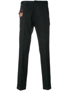 брюки с нашивкой Pt01