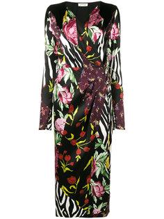 платье с запахом Victoria с принтами в стилистике пэчворк Attico