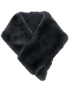 меховой шарф Armani Collezioni