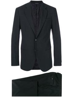 классический официальный костюм Giorgio Armani