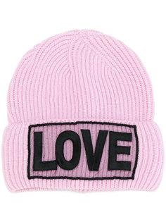 шапка с нашивкой Love Versace