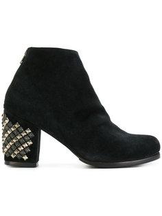 ботинки с заклепками Calleen Cordero