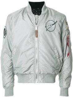 куртка-бомбер с заплатками Alpha Industries