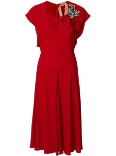 платье с драпировкой и вышивкой  Nº21