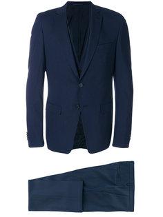 классический деловой костюм Boss Hugo Boss