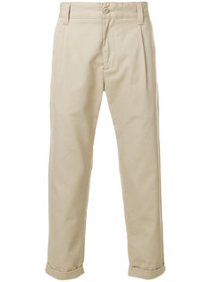 брюки-чинос с подвернутыми брючинами Carhartt
