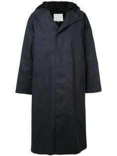 пальто с капюшоном и застежкой на три пуговицы Mackintosh
