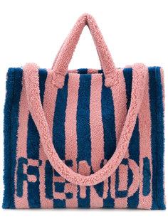 сумка из овчины Fendi