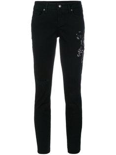 джинсы с вышивкой Cambio