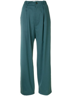 брюки с крупными складками Société Anonyme