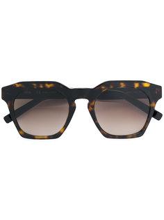 солнцезащитные очки в объемной оправе MCM