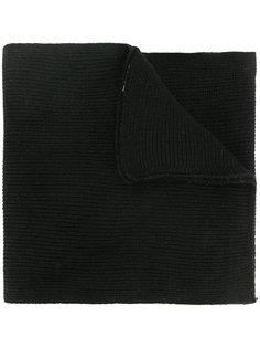 шарф в рубчик с нашивкой Moschino