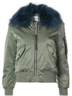 куртка-бомбер Carly Sam.