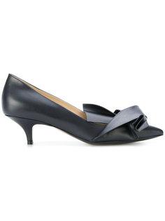 туфли с перекрученной деталью Nº21