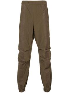 спортивные брюки свободного кроя Maharishi