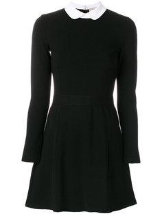 приталенное платье А-силуэта Maison Kitsuné