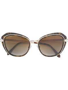 солнцезащитные очки в объемной оправе Bulgari
