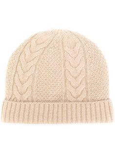 шапка с вязкой косичка N.Peal
