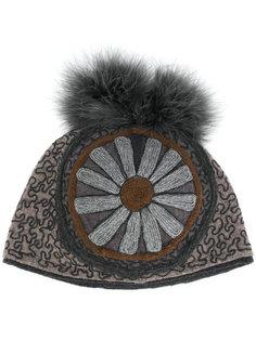 шапка с цветочной вышивкой Le Chapeau