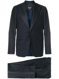 деловой костюм Kiton