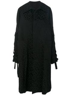 пальто с леопардовым принтом  Comme Des Garçons Noir Kei Ninomiya