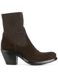 ботинки на каблуке в стиле вестерн Rocco P.