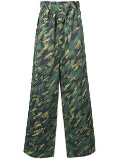 брюки с камуфляжным принтом Liam Hodges