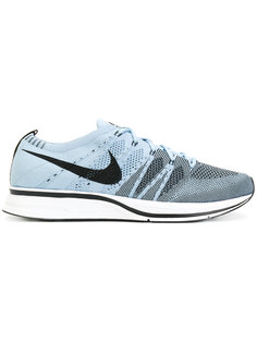 кроссовки Flyknit Nike