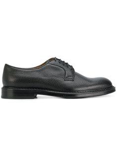 классические туфли на шнуровке Doucals