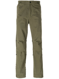 брюки с вышивкой тигра Maharishi