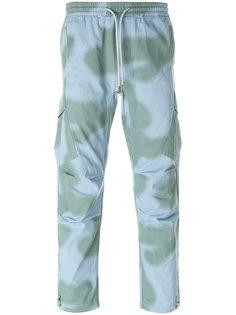 брюки карго с камуфляжным принтом Maharishi