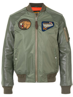 куртка-бомбер  с заплатками Schott