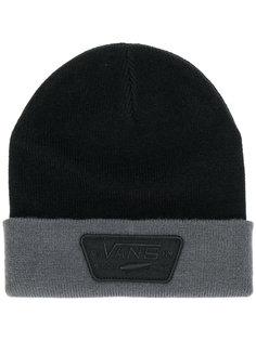 вязаная шапка с заплаткой с логотипом Vans