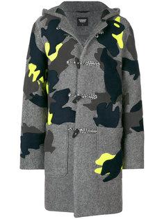 пальто с капюшоном и заплатками Christopher Raeburn