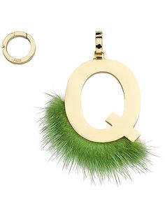 подвеска в виде буквы Q  Fendi