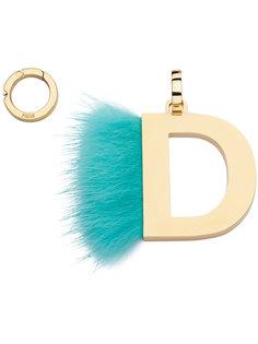 подвеска в виде буквы D Fendi