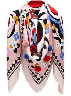 шарф с принтом и помпонами Fendi