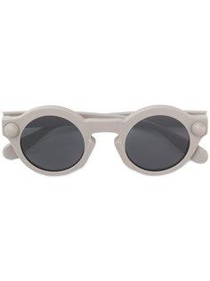солнцезащитные очки в круглой оправе Christopher Kane Eyewear