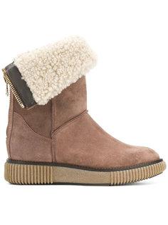 ботинки с отделкой из овчины Moncler