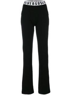 брюки с эластичным поясом и логотипом Versus