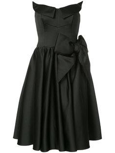 атласное скульптурированное платье  Moschino
