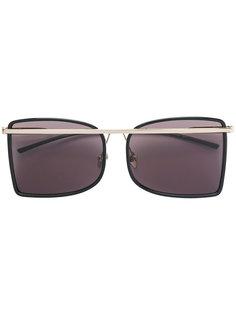 солнцезащитные очки с металлической деталью Calvin Klein