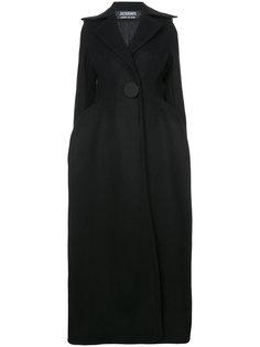 длинное пальто на одной пуговице Jacquemus