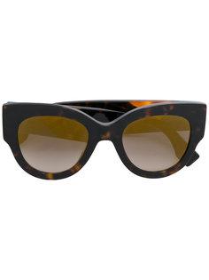 объемные солнцезащитные очки Fendi Eyewear