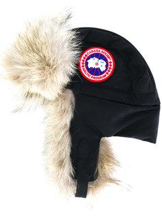 шапка с меховой отделкой Canada Goose